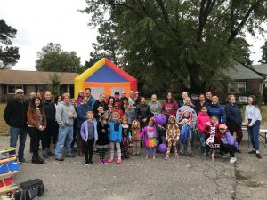 Lots of families Fall Fest 18